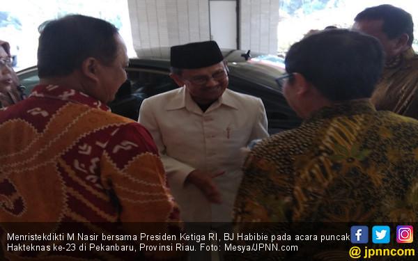 Di Depan Habibie, Gubernur Riau Pamer Keberhasilan - JPNN.COM