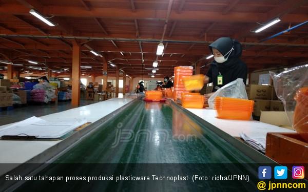 Intip Dapur Produksi Plasticware Technoplast di Cikupa - JPNN.COM
