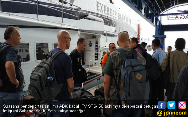 5 ABK Kapal Asing FV STS- 50 Asal Rusia Akhirnya Dideportasi - JPNN.COM