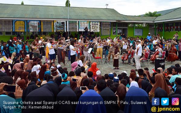 Kolaborasi Ocas dan Komunitas Musik Pedati Sihir Warga Palu - JPNN.COM