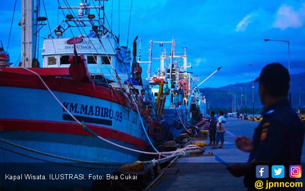 Kapal Wisata Komodo dan Dermaga Pulau Rinca Diresmikan - JPNN.COM