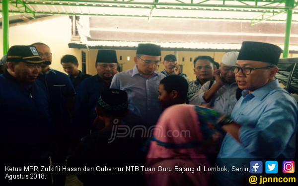 Yang Terjadi Ketika Ketua MPR Meninjau Lokasi Gempa Lombok - JPNN.COM