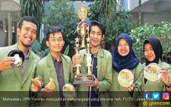 Mahasiswa UPN jadi Juara Berkat Mi Instan Sabut Kelapa Muda - JPNN.COM