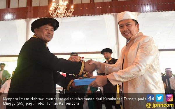 Menpora Dapat Gelar Kehormatan KAPITA NGoFANGARE - JPNN.com