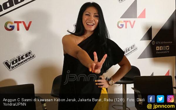 Demi Ini, Anggun Rela Bolak-balik dari Perancis ke Jakarta - JPNN.com