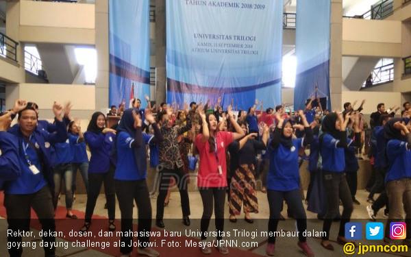 Semarak Goyang Dayung Meraih Bintang di Universitas Trilogi - JPNN.COM