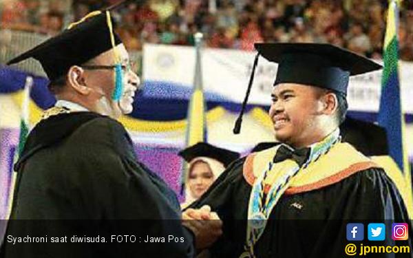 Hebat, Syachroni Raih IPK Sempurna di Unair - JPNN.COM