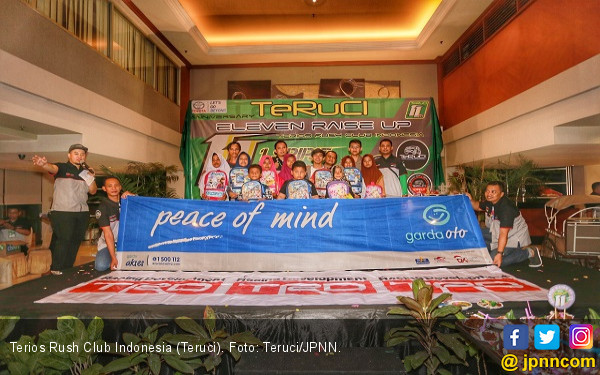 TeRuCI Rayakan Ulang Tahun Ke-11 Bersama Anak Jalanan - JPNN.COM