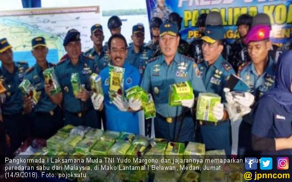 TNI AL Gagalkan Penyeludupan 67,4 Kg Sabu-sabu di Seruwai - JPNN.COM