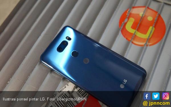 Catat Peluncuran LG V40 dengan 3 Kamera Belakang - JPNN.COM