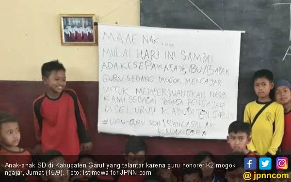 Hari Ini Belasan Ribu Guru Honorer K2 Mogok Mengajar - JPNN.COM