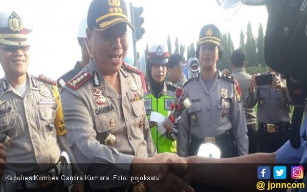 Deklarasi Relawan Prabowo-Sandi di Bekasi Dibubarkan Polisi - JPNN.COM