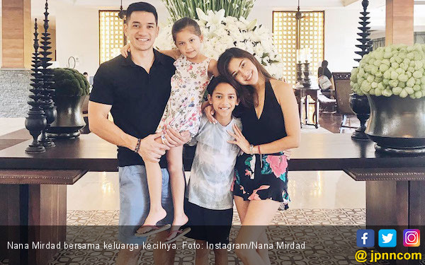 Cerita Nana Mirdad Soal Tumbuh Kembang Anak-anaknya - JPNN.COM