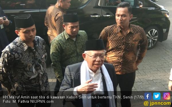 Honorer K2 Terus Galang Lobi, Dekati Kiai Ma'ruf Amin - JPNN.COM