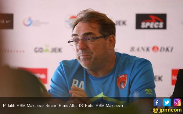 PSM vs Arema FC: Robert Rene Alberts Ingin Lukai Mantan - JPNN.COM
