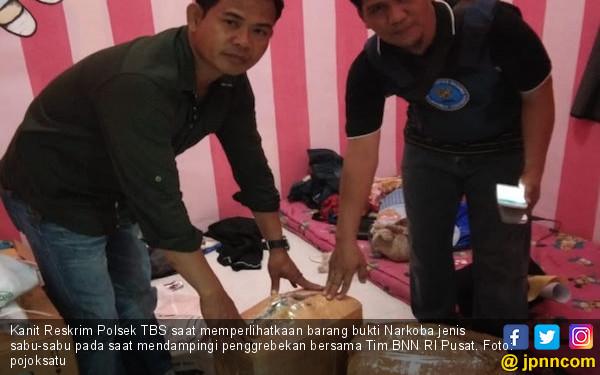 Lihat, BNN Gerebek Rumah Penyimpanan 31 Kg Sabu di Medan - JPNN.COM
