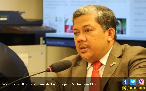 Fahri Hamzah Sebut Rencana Presiden Jokowi Berbahaya - JPNN.com