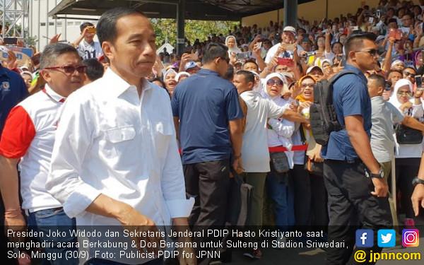 Pujian Hasto buat Keputusan Jokowi Pertahankan Harga Premium - JPNN.COM