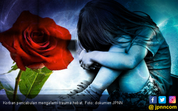 Ibu Bejat, Ajak Anak Kandung Layanan Cinta Bertiga dengan Suami Baru - JPNN.COM