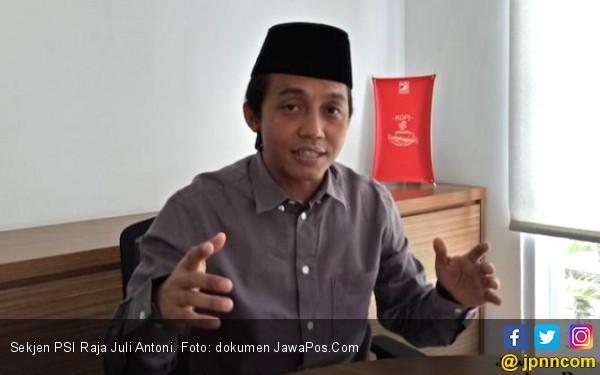 Sepertinya Pak Prabowo Pasrah, Sandi Poles Diri demi 2024 - JPNN.COM