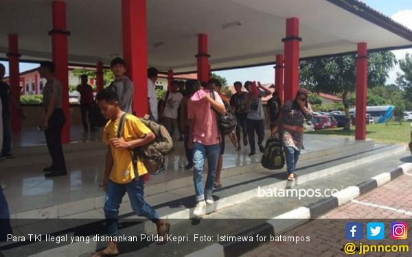 Polda Kepri Gagalkan Penyeludupan TKI Ilegal ke Malaysia - JPNN.com