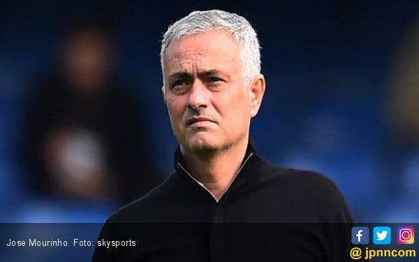 Berita Terbaru soal Jose Mourinho - JPNN.com