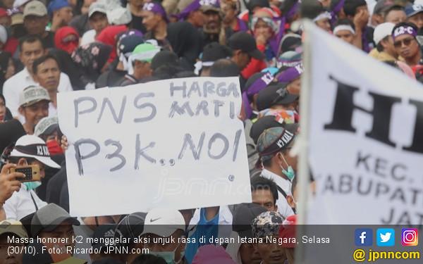 Pimpinan Honorer K2: Dulu Mendorong Kami Ikut Tes PPPK, Kok Sekarang Menolak? - JPNN.com