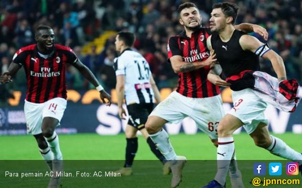 6 Kartu Kuning, 1 Merah, Gol Menit 97, Milan Tekuk Udinese - JPNN.COM