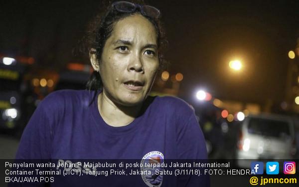 Perempuan Penyelam Ini Cerita Kondisi Korban Lion Air - JPNN.COM