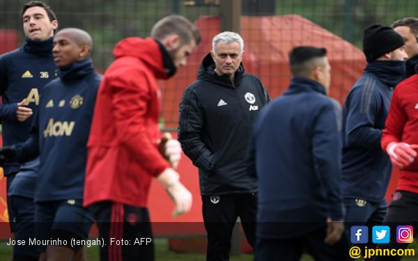 Manchester United Vs Arsenal: Mourinho Tak Punya Banyak Opsi - JPNN.COM