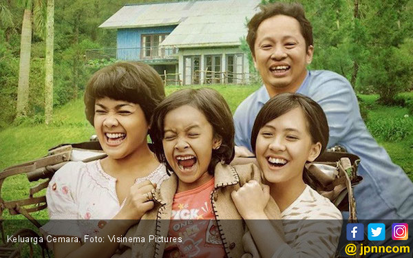 Bukan di Bioskop, Keluarga Cemara Tayang Perdana di JAFF - JPNN.COM