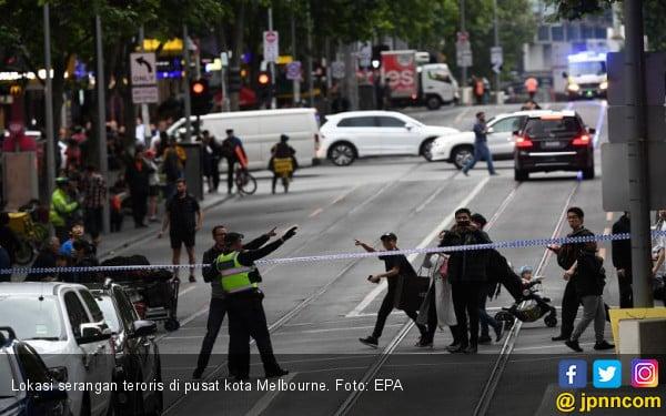 Teroris Berpisau Mengamuk di Jalanan Melbourne - JPNN.COM