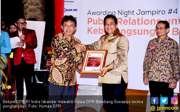 Bambang Soesatyo Raih Penghargaan Best Communicators 2018 - JPNN.COM