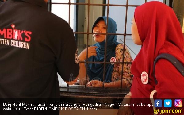 Sore Itu, 6 Tahun Silam, Baiq Nuril Ditelepon Muslim - JPNN.COM