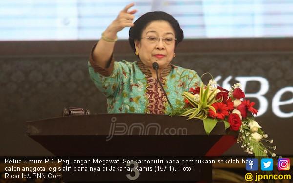 Bu Mega Bangga PDIP Tetap Jawara meski Tak Punya Media - JPNN.COM