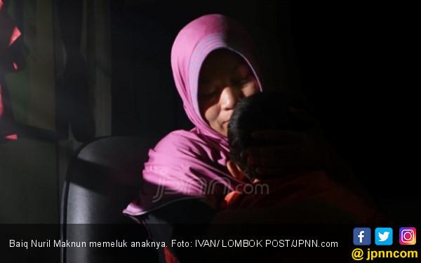 Baiq Nuril: Nadanya Pak Joko Sudah Beda, Saya Curiga - JPNN.com