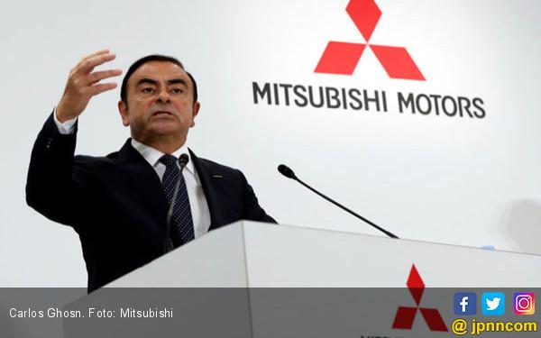 Dalam Pelarian, Ghosn Masih Memikirkan Renault-Nissan