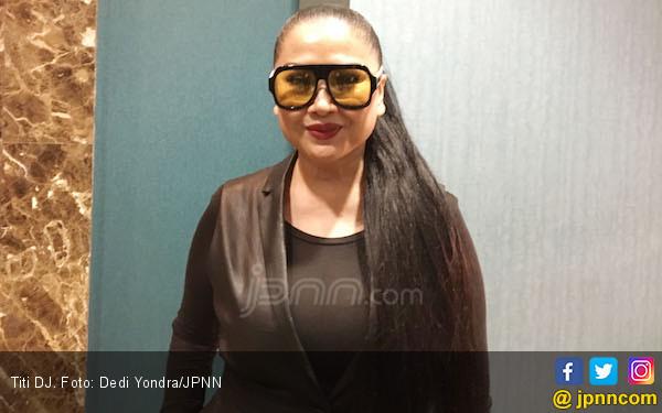 Titi DJ Sempat Sedih Ditinggal Stephanie Poetri Berkarier di Amerika - JPNN.com