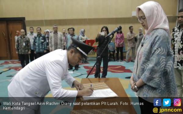 Airin Batalkan Honorer jadi Plt Lurah, Kemendagri Apresiasi - JPNN.com