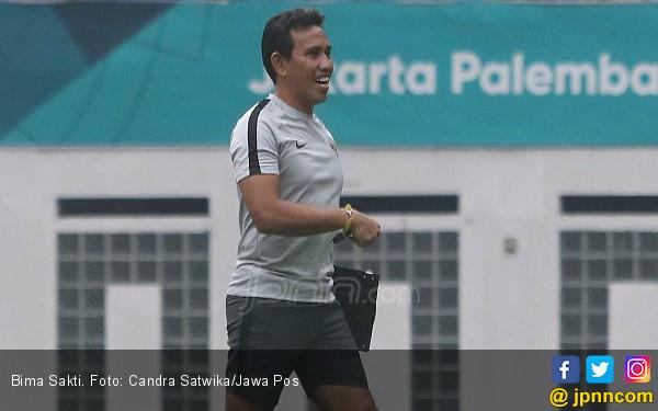 Bima Sakti Puji Perkembangan Permainan Persija Jakarta U-16 - JPNN.com