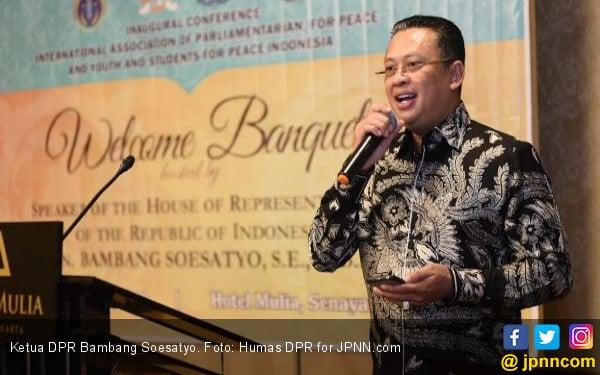 Ketua DPR: Demokrasi Adalah Adu Visi, Bukan Caci Maki - JPNN.com