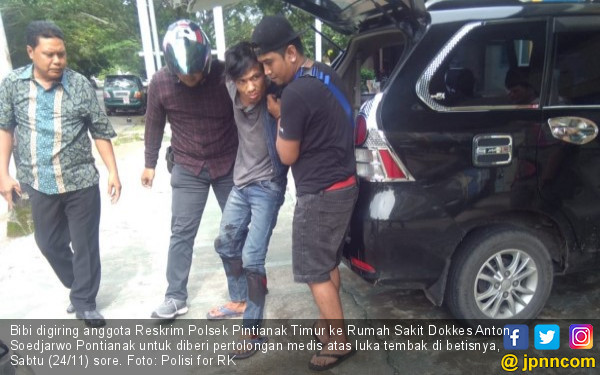 Detik – detik Polisi Tembak Betis Bibi, Dor! Roboh - JPNN.COM