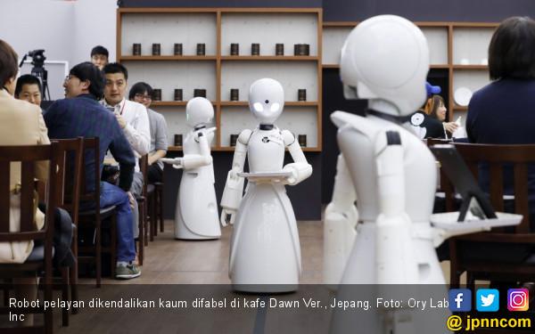 Dikendalikan Kaum Difabel, Robot Jadi Pelayan Kafe - JPNN.COM