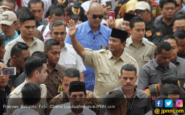 Hasto Minta Prabowo Calonkan Diri ke Amerika Serikat - JPNN.COM