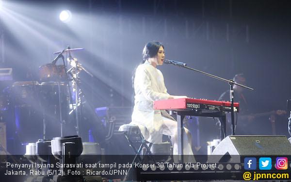 Isyana Bikin penonton Konser Karunia Semesta Merinding - JPNN.COM