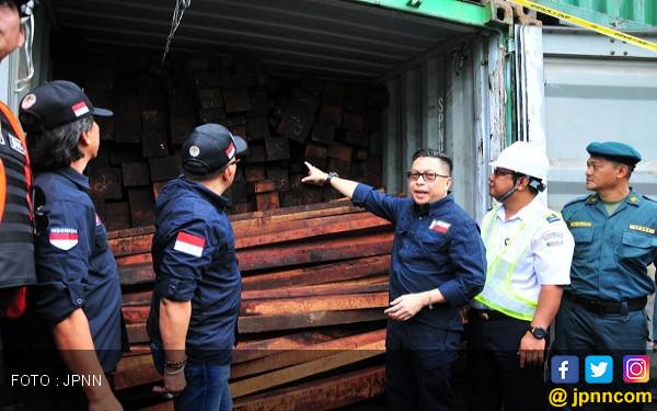 SPIL Dukung Pengungkapan Kayu Merbau Ilegal - JPNN.COM