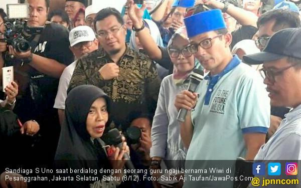Emak-emak Guru Ngaji Menginterupsi Sandi Minta Naik Gaji - JPNN.COM