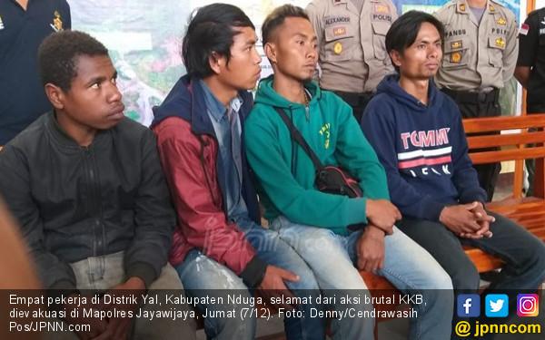 Saat KKB Melakukan Pembantaian, 4 Pekerja Ini Lari ke Hutan - JPNN.COM