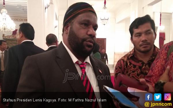 Lenis Kogoya Minta Ormas Hargai Orang Papua - JPNN.com