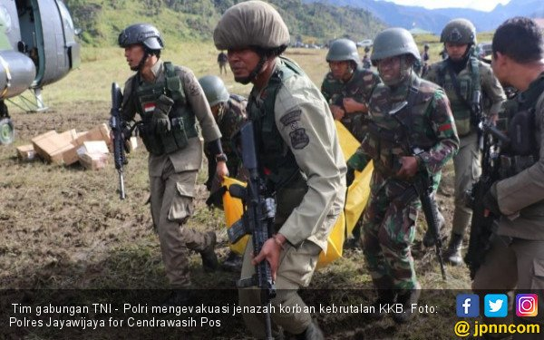 Satu Jenazah Korban KKB Ditemukan, Luka Bacok Ngeri! - JPNN.com